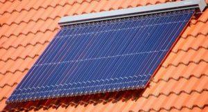 thermische Solaranlage; Foto: shutterstock