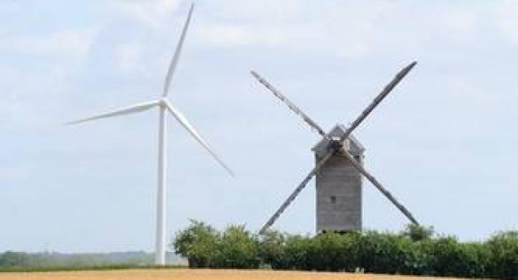 Windkraftanlagen; Foto: shutterstock