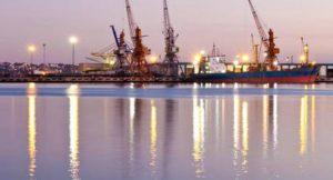 Hafen; Foto: shutterstock
