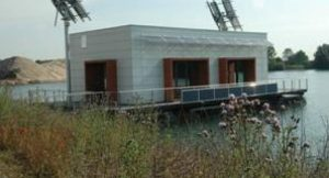 Schwimmendes Plusenergiehaus in in Kalkar; Foto: RWE AG