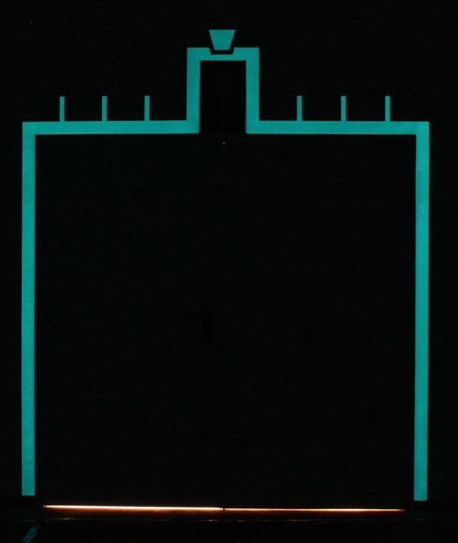 Rahmen-Tür-Nacht-Medium