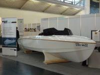 Elektromotorboot auf eCarTec; Foto: Corinna Lang