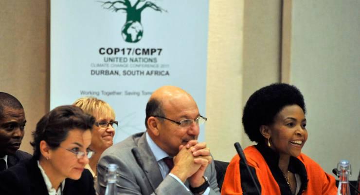 Vorkonferenz zu COP 17/CMP7, UNFCCC Executive Secretary Christina Figures, Minister Trevor Manuel und Minister Maite Nkoana-Mashabane; Foto: Spier, Stellebosch