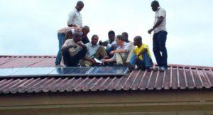 Installation einer Inselanlage in Nigeria