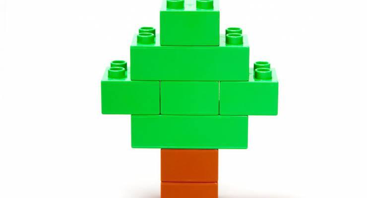 Baum aus Plastik