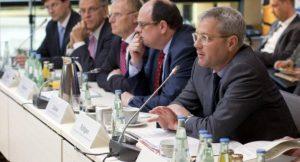 Bundesumweltminister Dr. Norbert Röttgen gründet Plattform Erneuerbare Energien