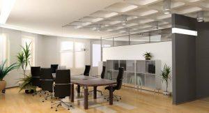 Modernes Büro mit effizienter Beleuchtung