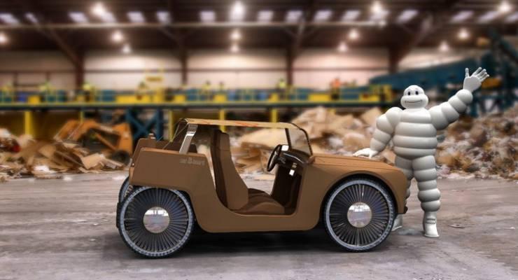 Hybridauto aus Karton