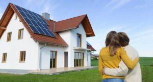 Photovoltaikanlage auf Familienhaus