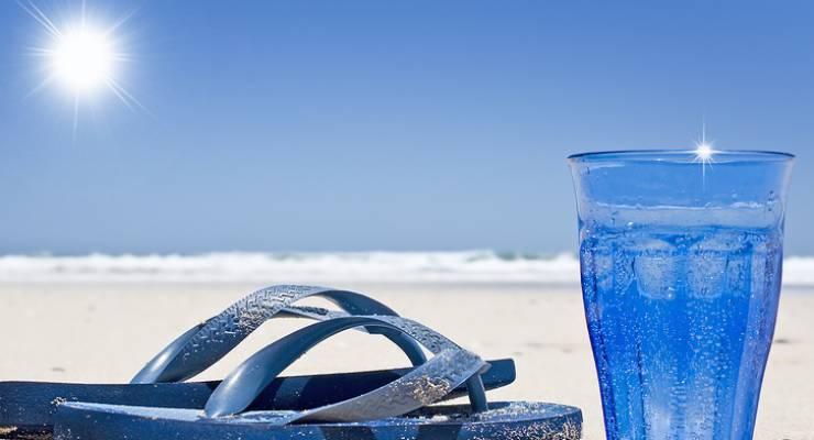 Sonne und Wasserglas