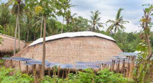 Schule auf Bali wird mit Solarstrom versorgt