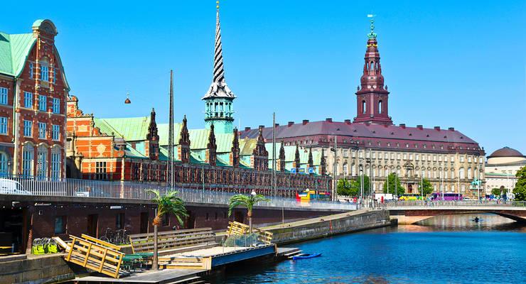 Kopenhagen schmückt sich auch mit schönen alten Gebäuden