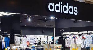 Adidas will künftig Materialien aus Meeresplastik entwickeln, die zur Herstellung von Adidas-Produkten verwendet werden sollen.