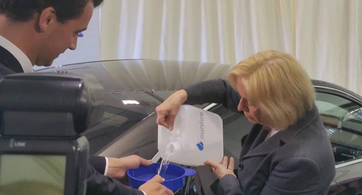 Blue Crude - synthetischer Diesel aus Kohlendioxid