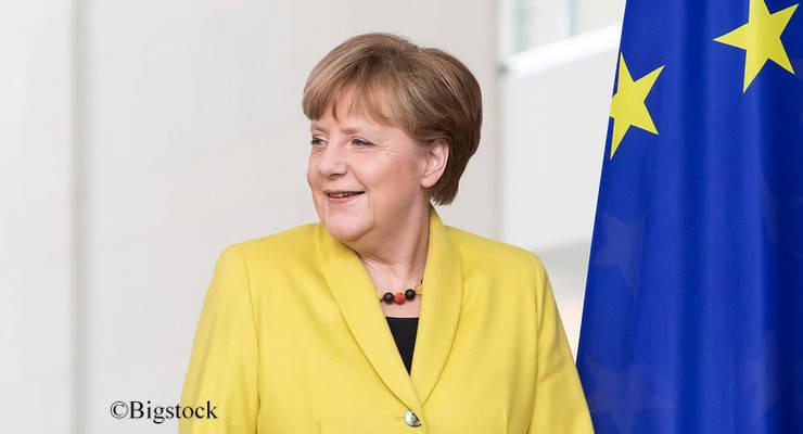 Bundeskanzlerin Angela Merkel scheint sich von Gabriels Klima-abgabe zu distanzieren und erntet dafür nun Kritik.