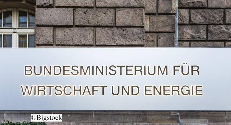 Bei Spitzengesprächen im Wirtschaftsministerium soll die geplante Klimaabgabe offenbar vorerst auf Eis gelegt worden sein.