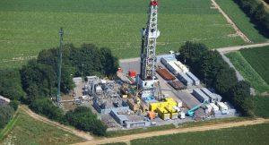 Schon seit 1961 wird in Deutschland nach Erdgas gefrackt. Doch seit einigen Jahren ist es wieder zum Streitthema geworden.