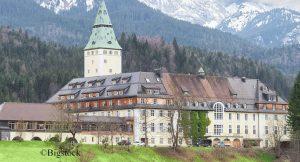 In diesem malerischen Schloss in den bayerischen Alpen tagen seit gestern die sieben führenden westlichen Industrienationen.