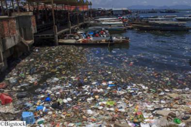 Plastikmuell im indischen Ozean bei Malaysia
