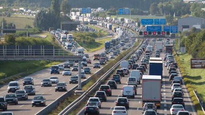 Keine Diesel- und Benzinfahrzeuge ab 2030