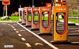 Tesla Ladestationen Deutschland Ausbau Verordnung