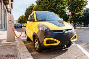 Bundesprogramm Ladeinfrastruktur fördert Elektromobilität mit über drei Millionen Euro.