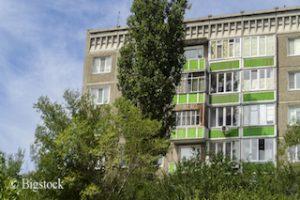 Energieeffizienz und CO2-Einsparung durch energetische Sanierung von Gebäuden.