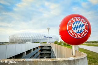 Ab der Saison 2018/19 wird es beim FC Bayern nur noch Mehrwegbecher geben.