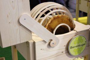 Die Bienenkugel ist eine innovative Bienenbeute