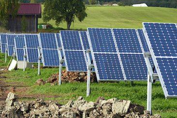 Baden-Württemberg macht mehr Flächen für Solarparks frei.