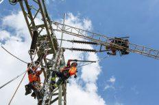 Wenn mehr erneuerbarer Überschussstrom vor Ort verbraucht wird, werden die Stromnetze entlastet. (Bild: Wemag/Kramer)