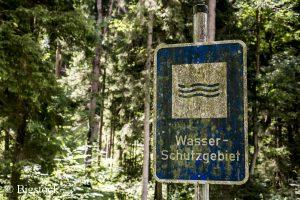 Trotz Wasserrahmenrichtlinie ist die Wasserqualität stark von der Landwirtschaft bedroht.