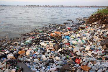 Besonders in Asien ist der Plastikmüll in den Ozeanen zunehmend dramatisch. Aber auch die Deutschen machen sich Sorgen um das Meer.
