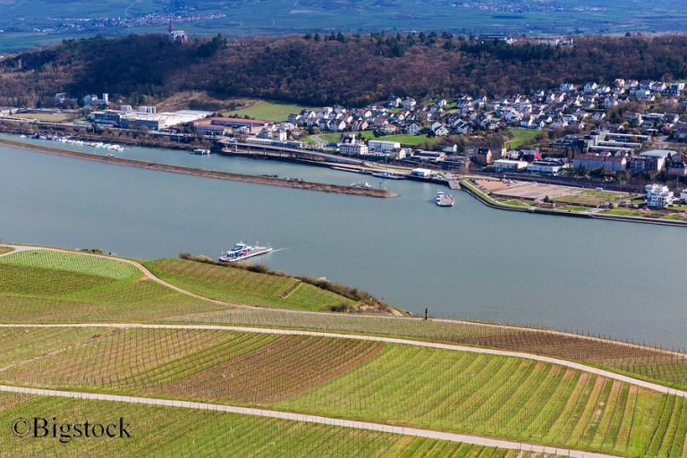 Ökologischer Zustand deutscher Flüsse durch Schifffahrt und Landwirtschaft gefährdet.