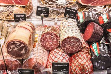 Verarbeitetes Fleisch - Mit Fleischsteuer bald doppelt so teuer?
